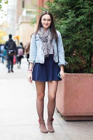 Outfit Falda Azul marino