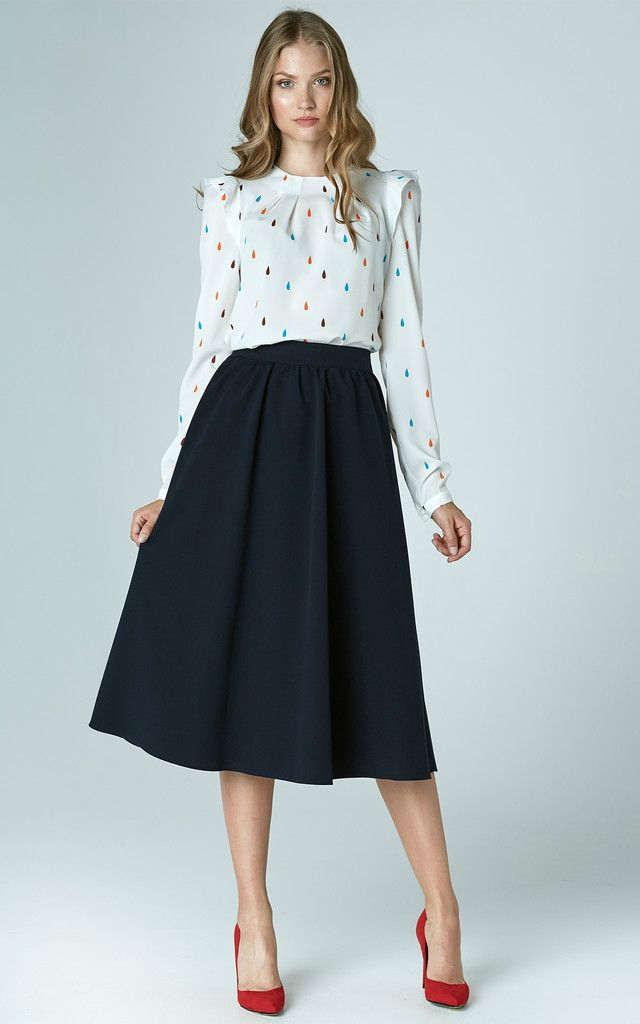 combinar falda azul marino midi