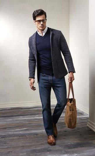 ▷ Cómo Combinar un Jersey de Hombre o Mujer color   Azul Marino   300a45cc3d29