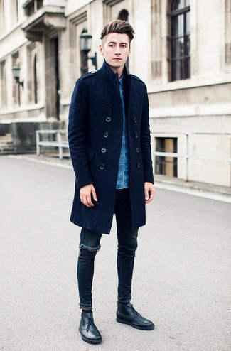 como combinar abrigo azul marino hombre
