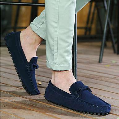 como combinar zapatos azul marino hombre
