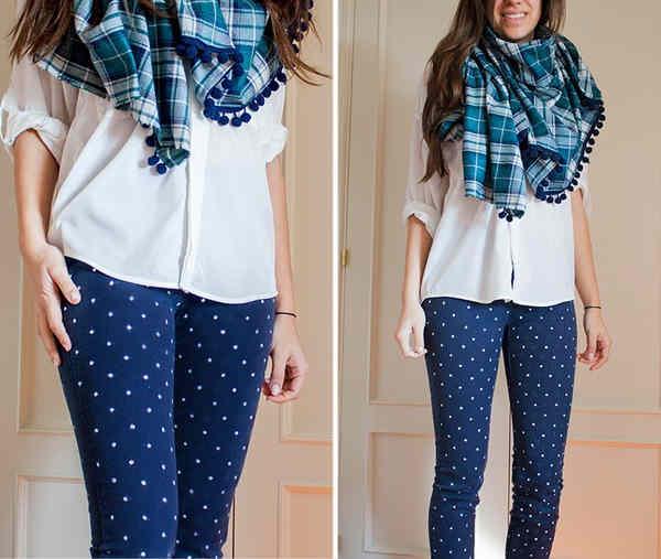 outfit pantalon azul marino con puntos blancos