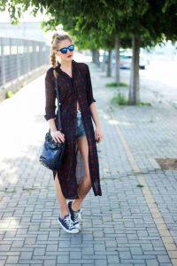 outfit zapatillas azul marino
